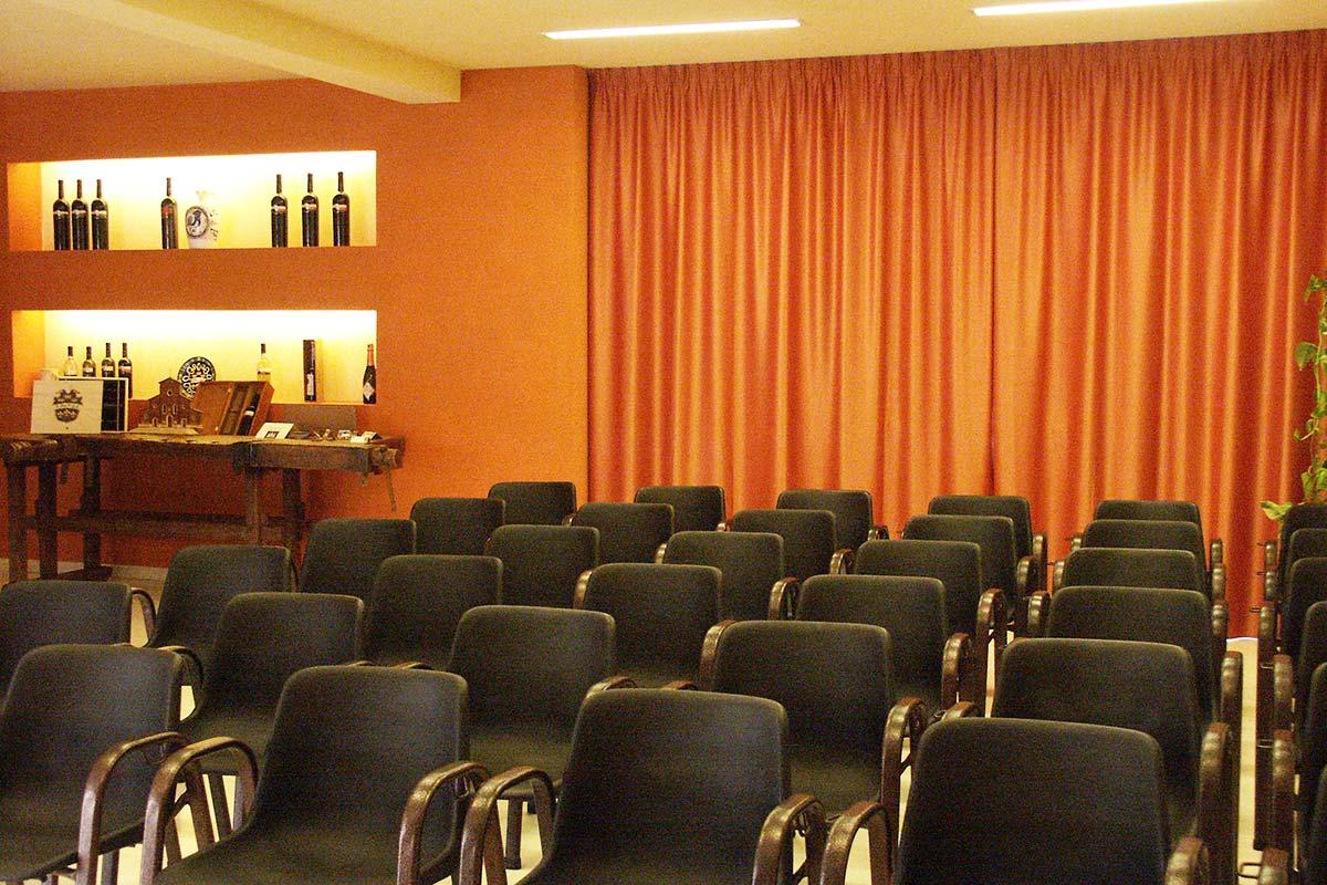 sala-meeting-faenza-trere