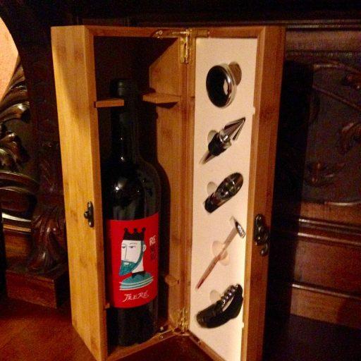 cassetta 1200#wine #vino #sangiovese #romagna #winemaker #winery #wine #winelover #winetasting #wineblogger #perlagesuite #picoftheday #photooftheday #igers #igersitalia #igersbologna #igersravenna #nature #beautiful #sun