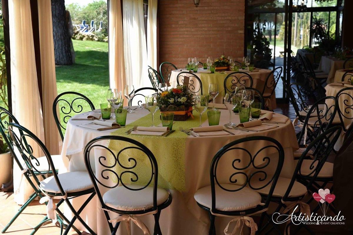 trere-matrimoni-tavola